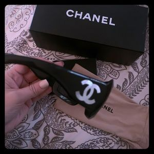 Chanel mother of Pearl Sunglasses Authentic!